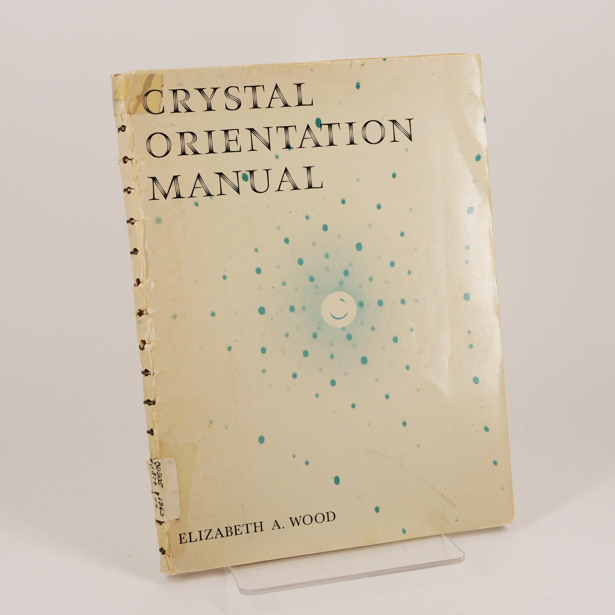 Seeing the Structure of Molecules: Elizabeth Wood's Crystal Orientation Manual