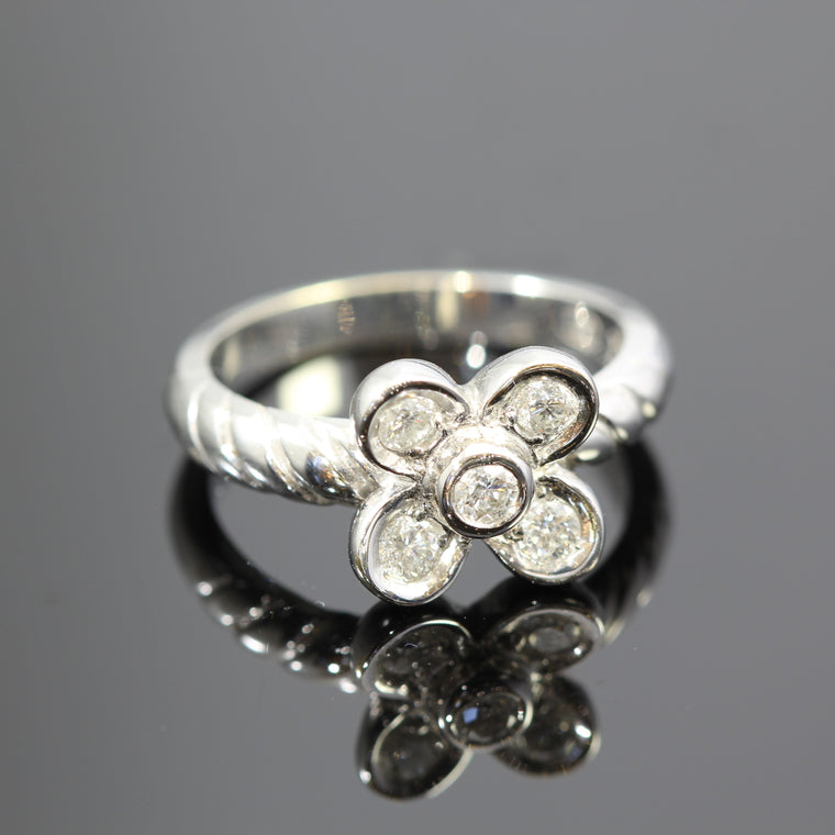18k White Gold Diamond Flower With Rope Shank Design Ring (.40ct)
