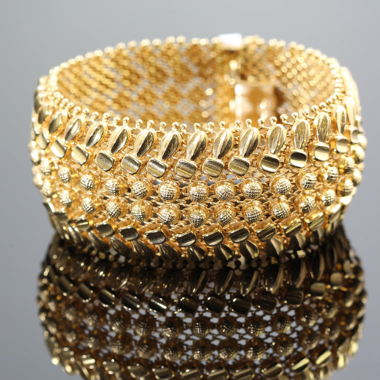 18k Yellow Gold Wide Woven Design Bracelet (66.5grams)