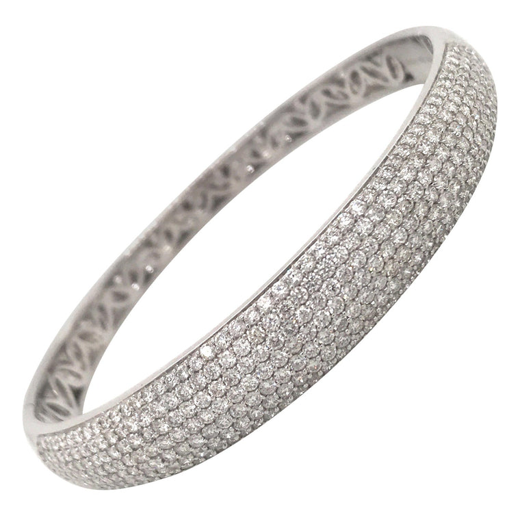18k White Gold Pave Diamond Bangle Bracelet (3.75ct)