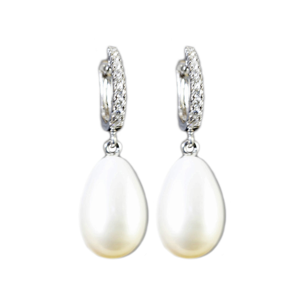 18k White Gold Diamond (.20cts) Hoop Earrings With Pear Shape Pearl Dangler