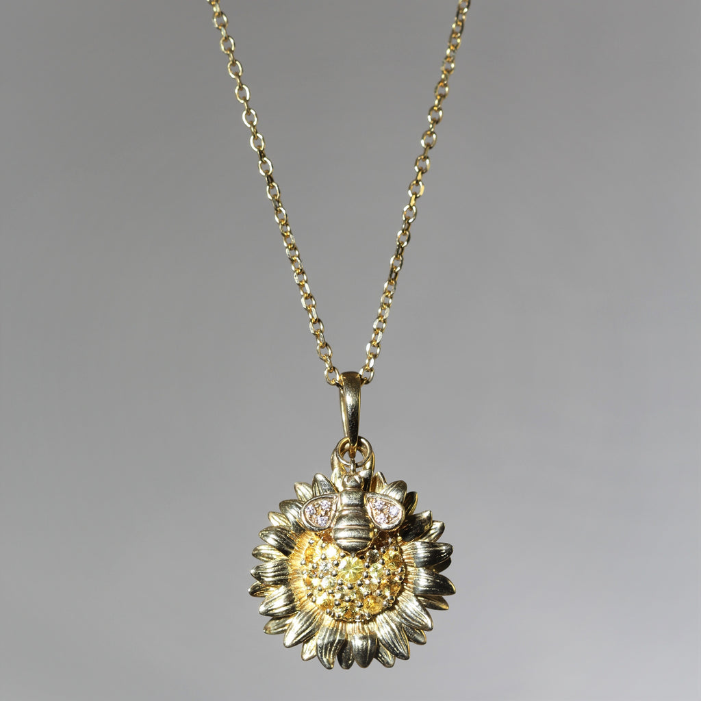 18k Yellow Gold Bee & Sunflower Yellow Sapphire Pendant Necklace