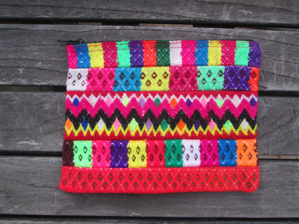 Peruvian Clutch in Feliz