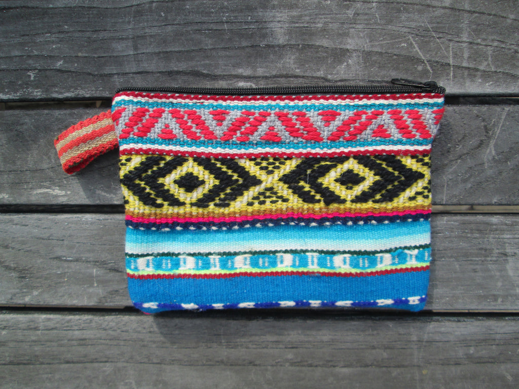Peruvian Clutch in Playa