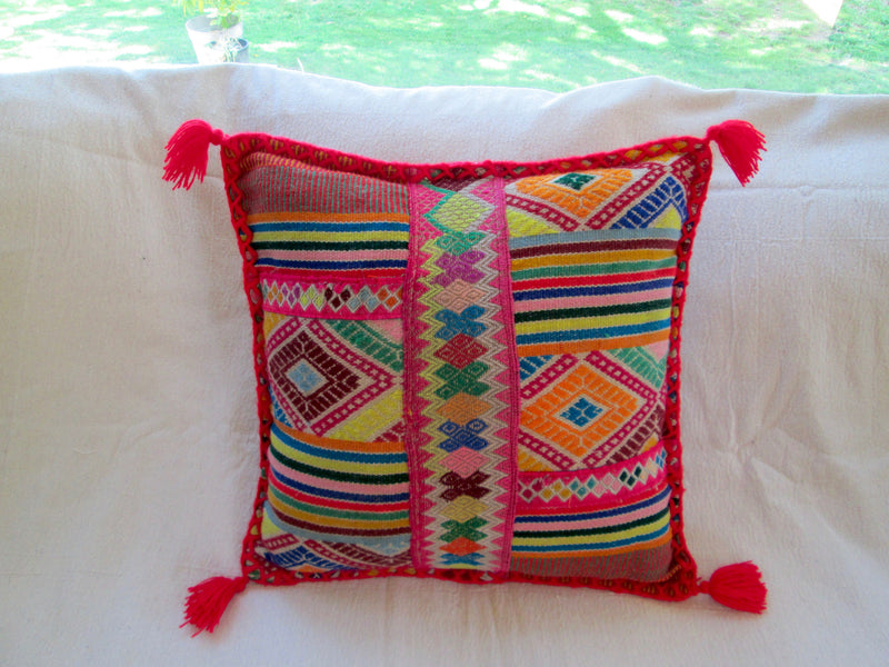 Small Peruvian Pillow in Rosado