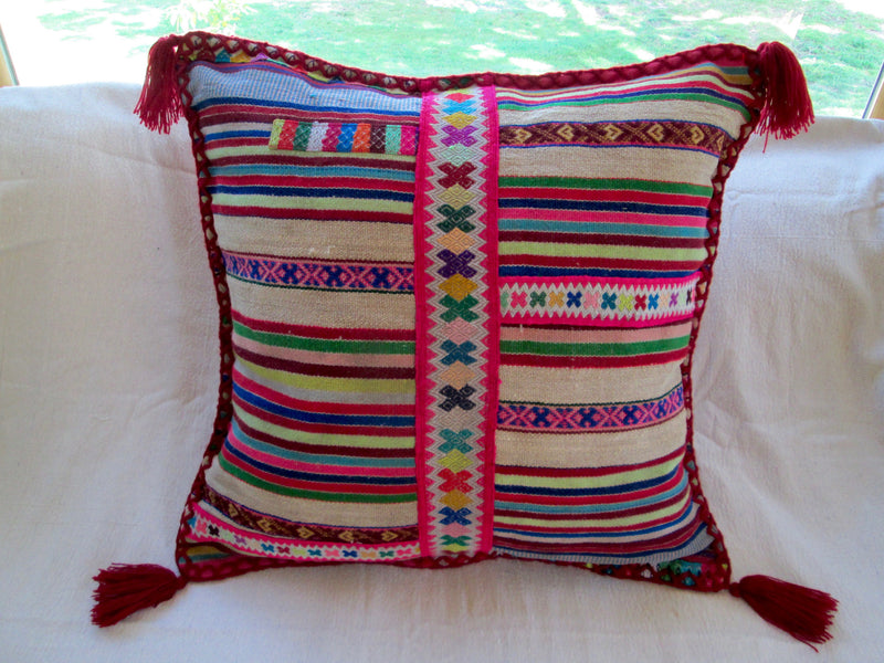 Peruvian Pillow in Rojo