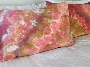 Hand Tie-Dyed Silk Standard Pillowcase Set- Coral Burst