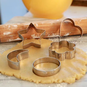 Kikkerland Cookie Cutters