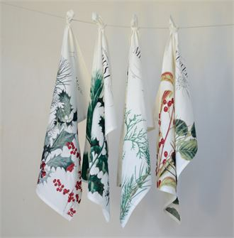 CC Holiday Towels