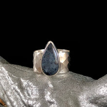 Load image into Gallery viewer, Kyanite Diamond Tear Ring-size 7.5