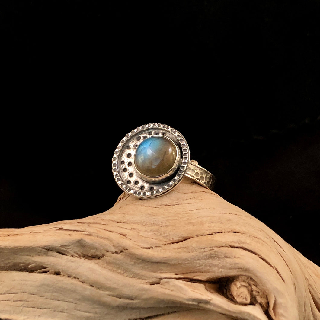 To The Moon Labradorite Ring: Size 8