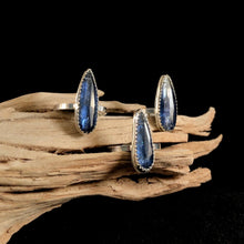 Load image into Gallery viewer, Delicate Kyanite Tear Rings