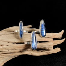 Load image into Gallery viewer, Delicate Kyanite Signature Rings