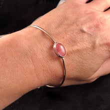 Load image into Gallery viewer, Sweet Strawberry Quartz Bangle