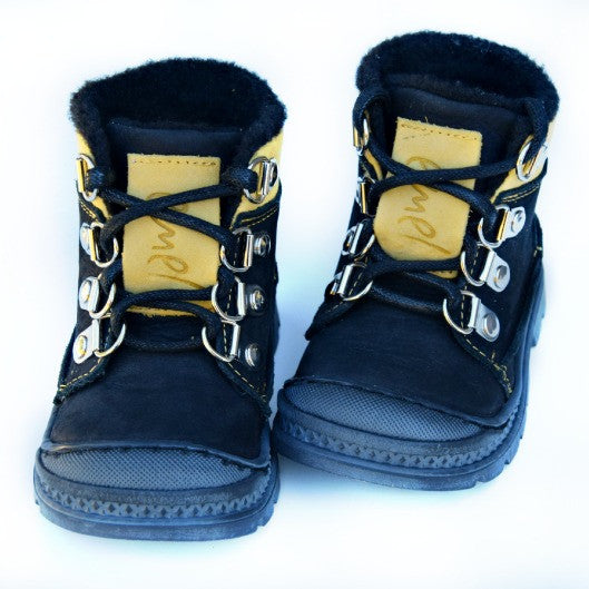 Emel Black Lace Up Winter Boots (1997-9/K)