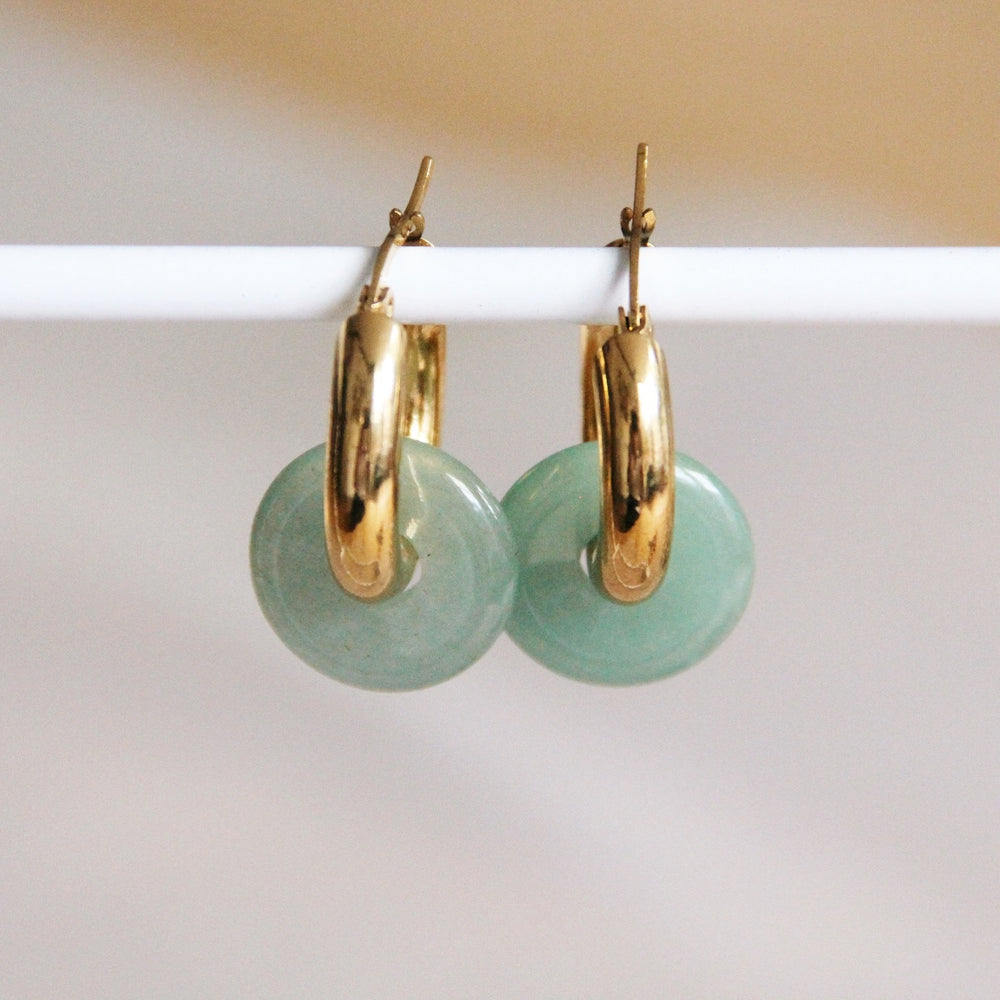 Earrings gold with mint green pearl