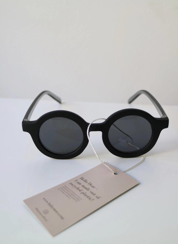 Sunnies Black