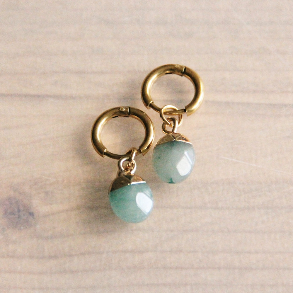 Earrings gold with mint pearl