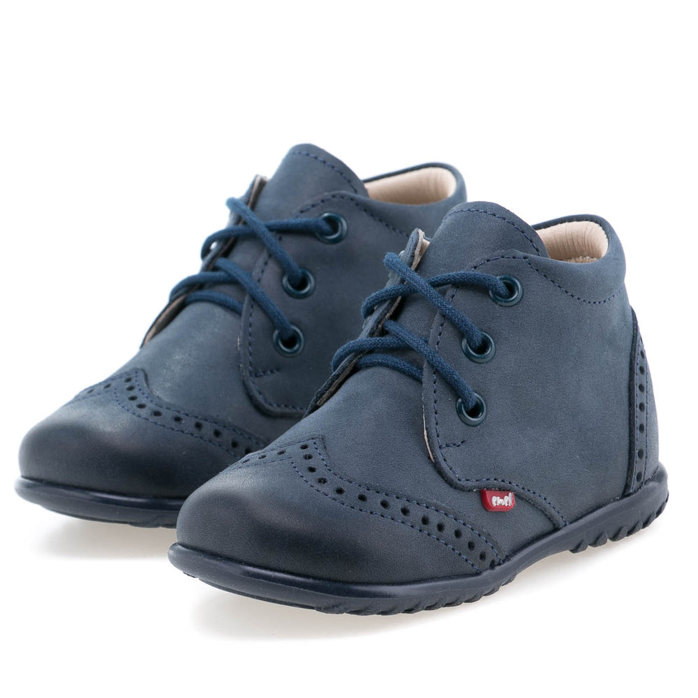 (1437-20) Emel first shoes