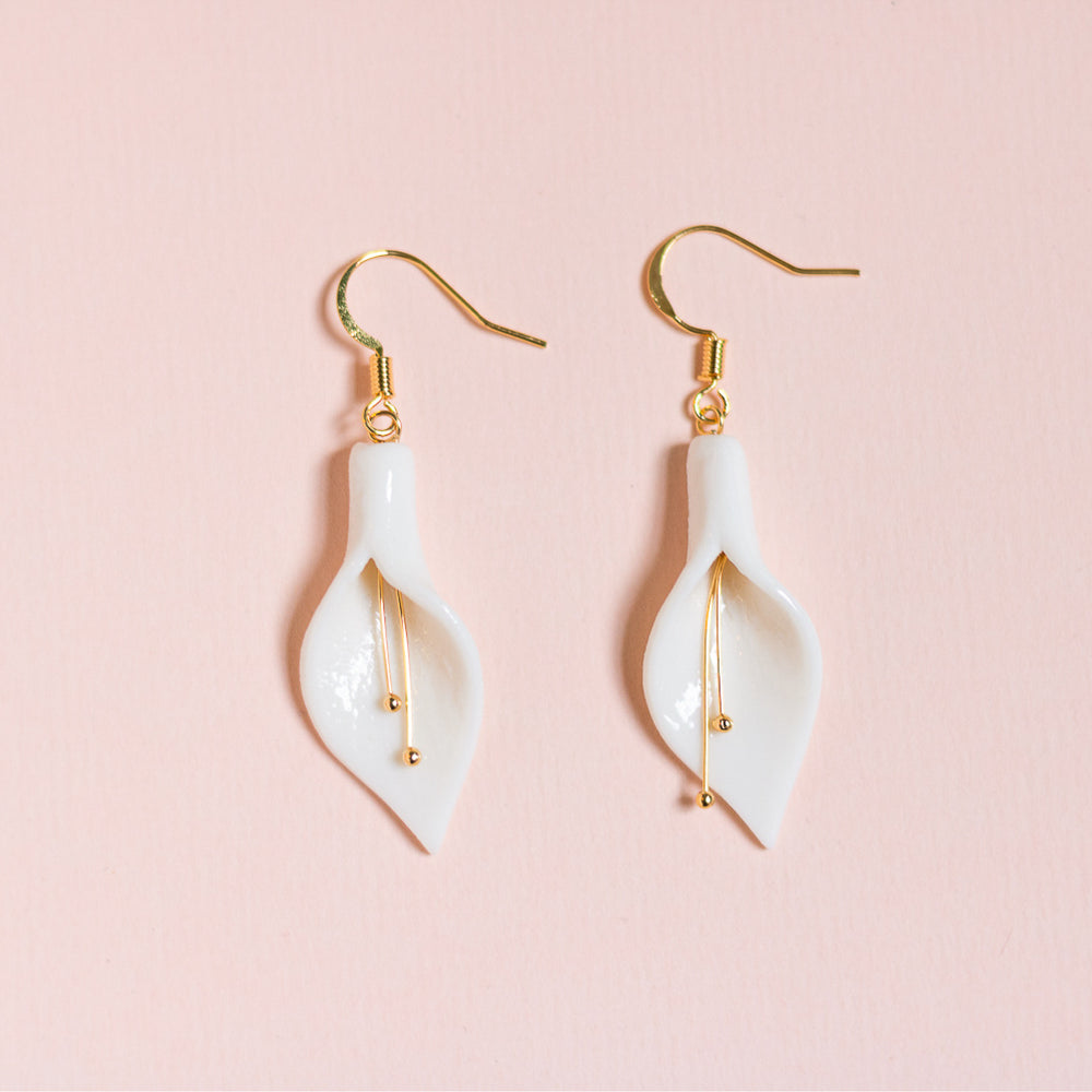 The Lily Dangle Earring