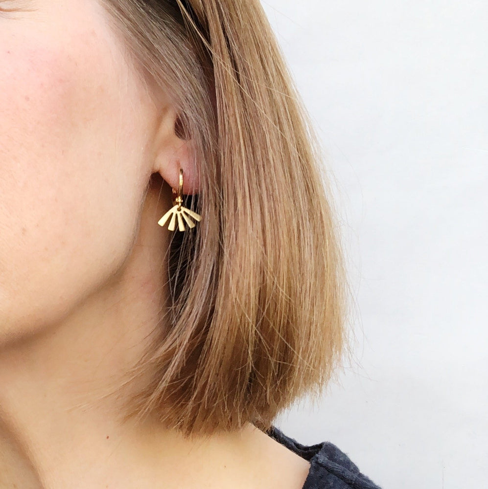 Small hoop earrings - brass sun