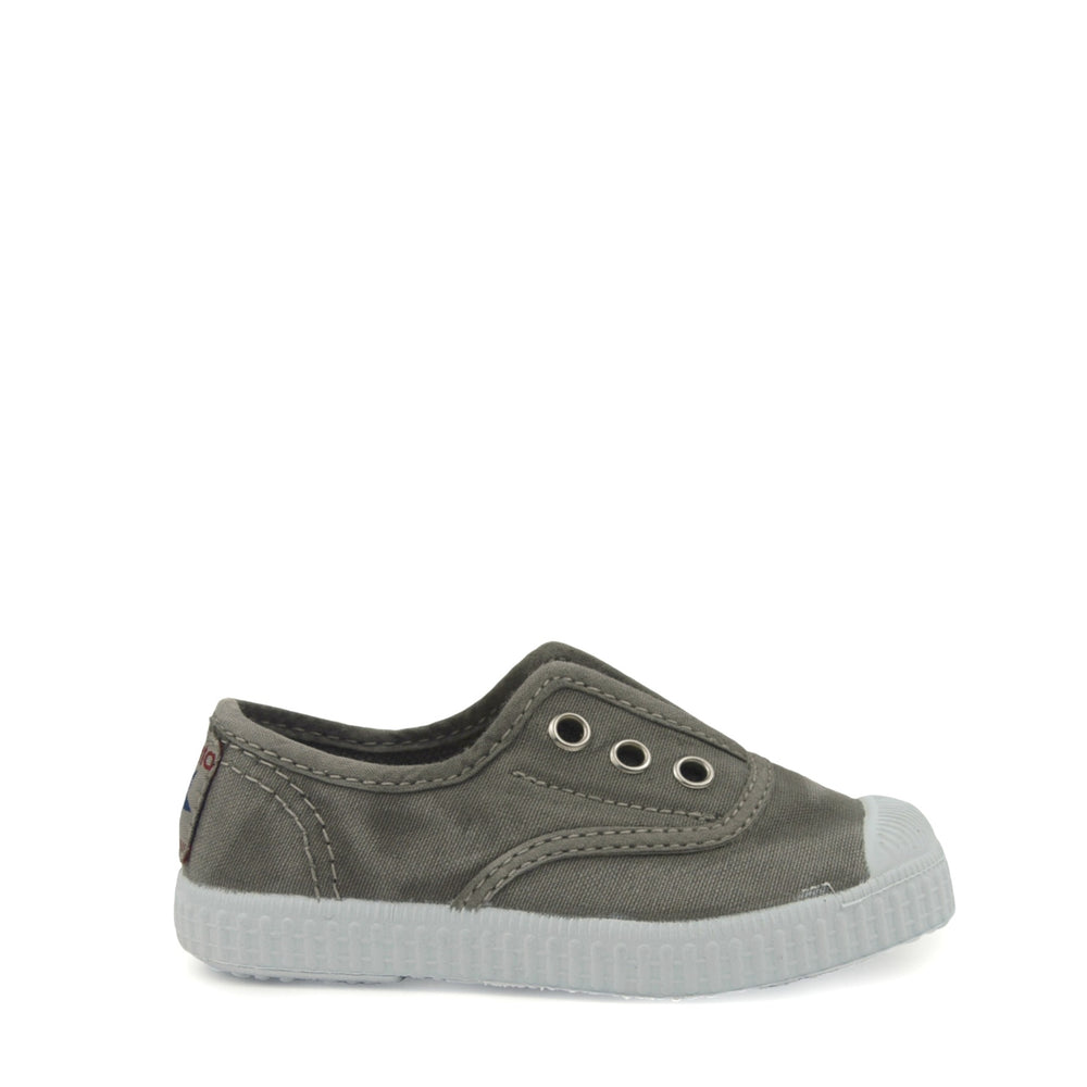 Cienta slip-ons - Light grey