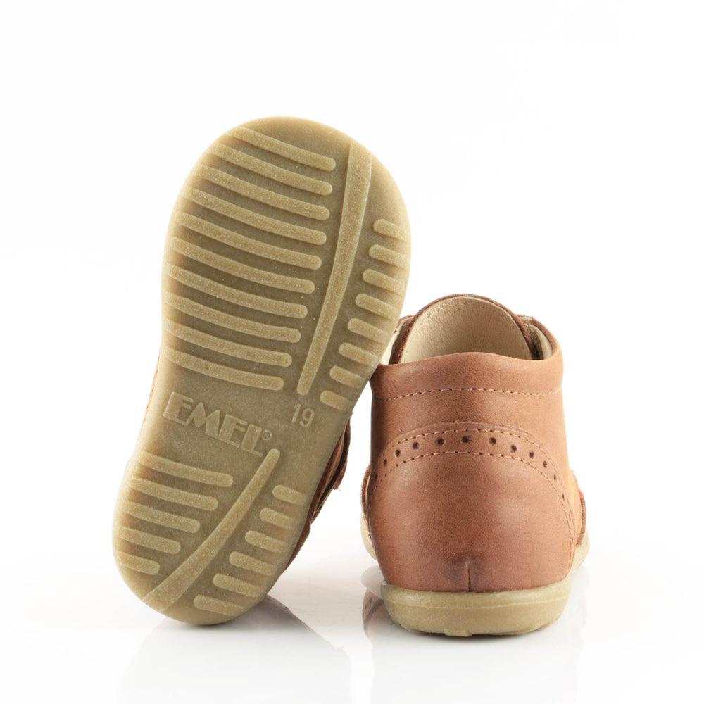 (1437-10) Emel first shoes