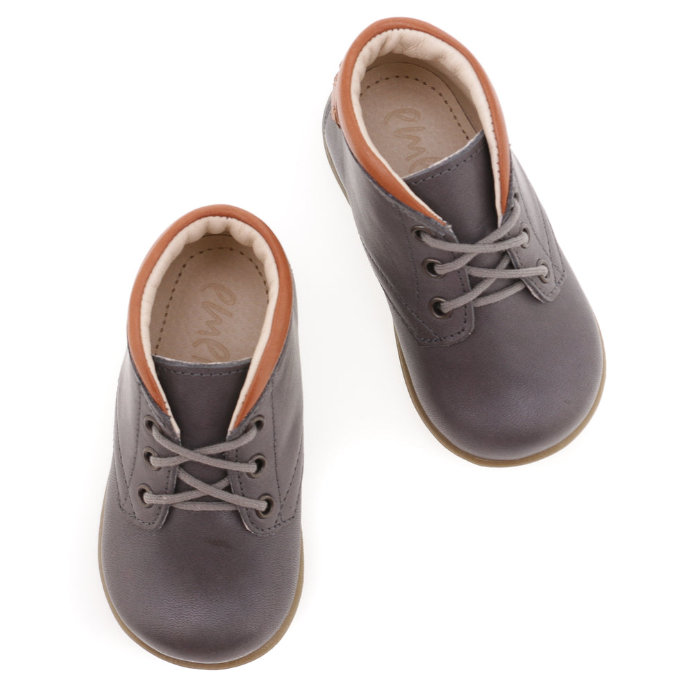 (2440-26) Emel first shoes