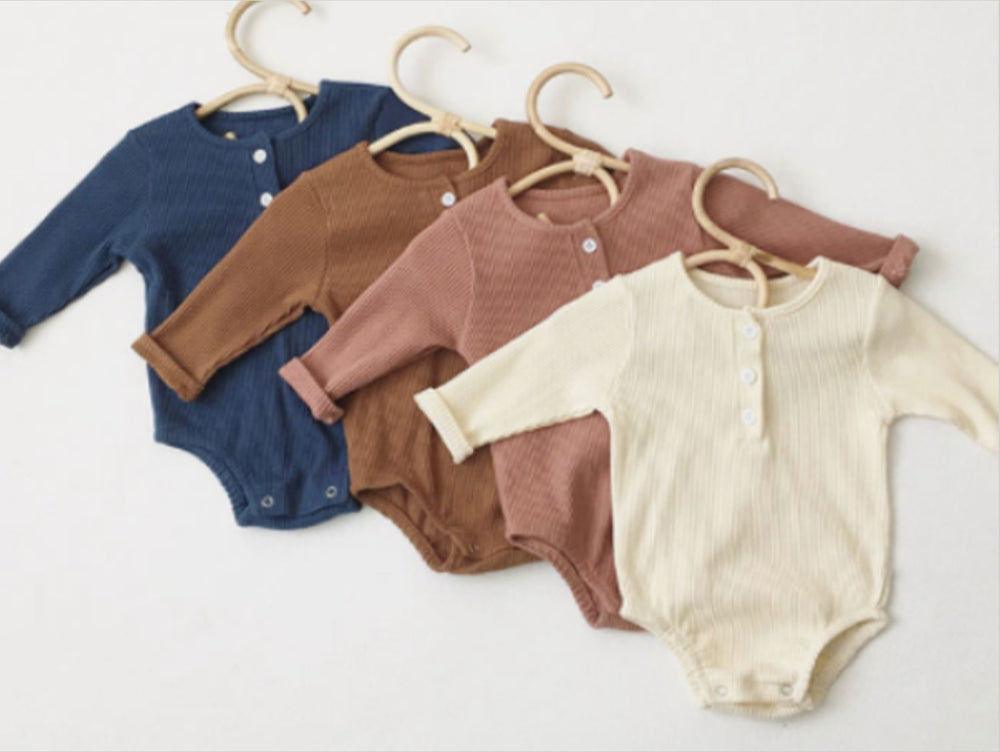Organic cotton ribbed baby romper