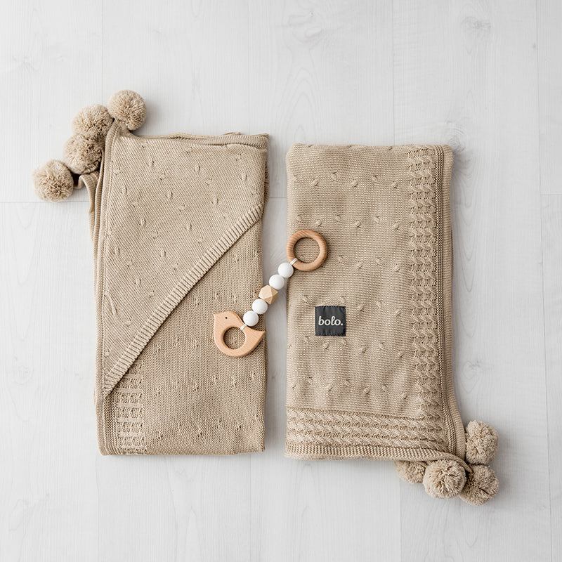 Cotton hooded blanket with pom poms - beige - MintMouse (Unicorner Concept Store)