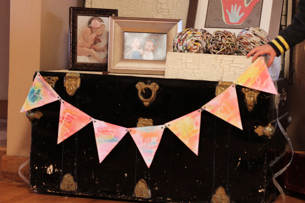 DIY Valentines Bunting Watercolor Craft