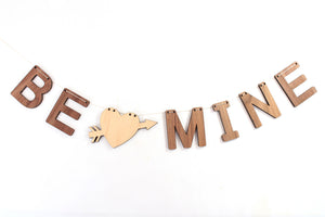 Be Mine Valentines wall decor