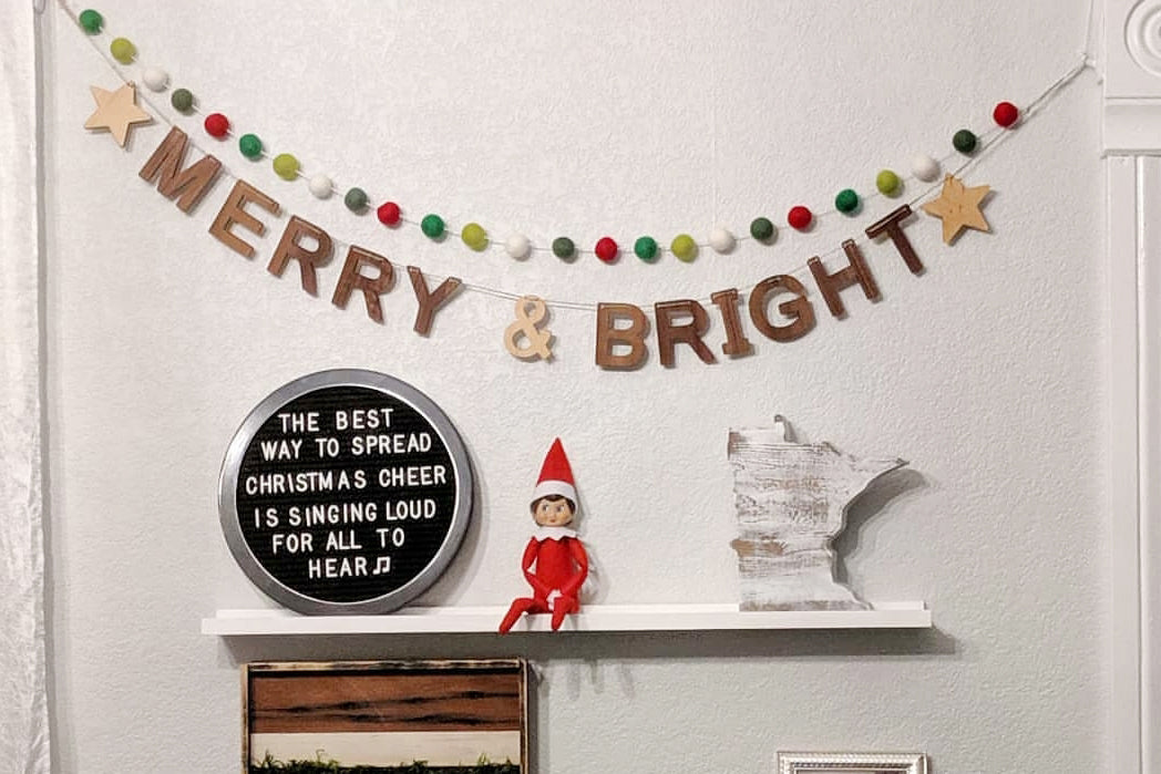 Christmas decor wood wall bunting banner holiday garland Smiling Tree Toys