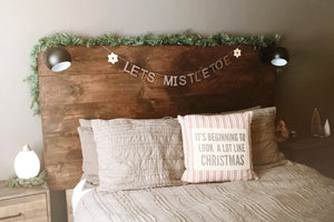 lets mistletoe christmas wall decor