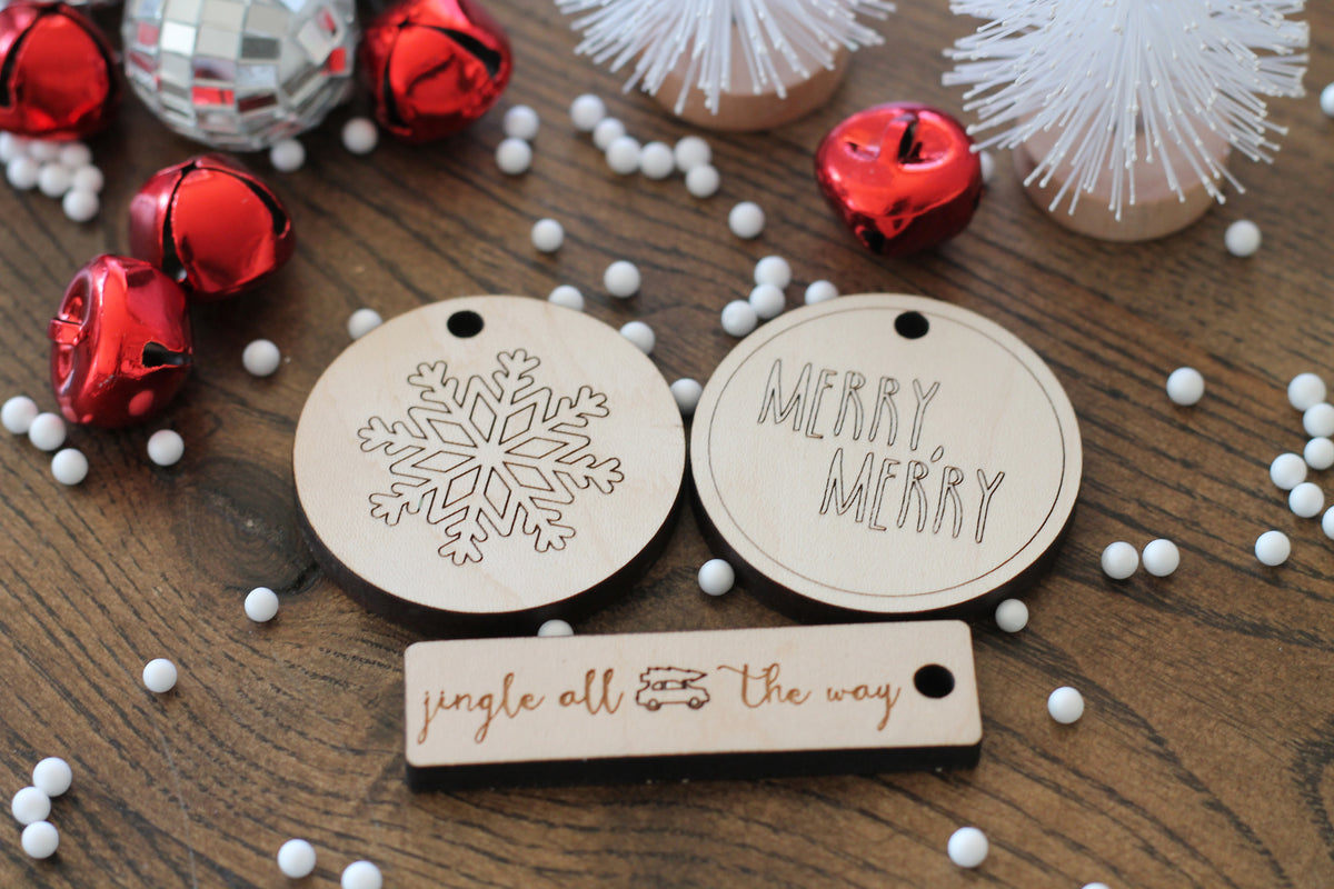 eco-friendly natural wooden holiday gift tags
