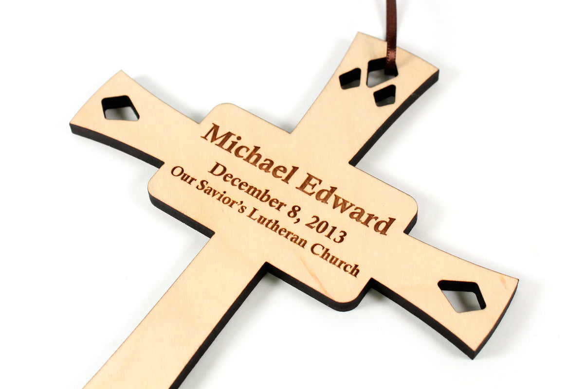 personalized-cross-wooden-wall-hanging-in-maple