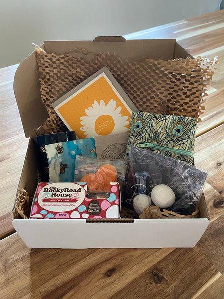 Launch Hamper