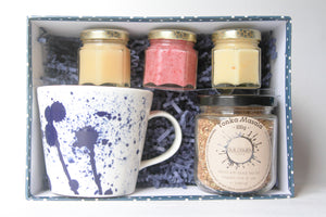 Load image into Gallery viewer, Honey and masala chai gift sets