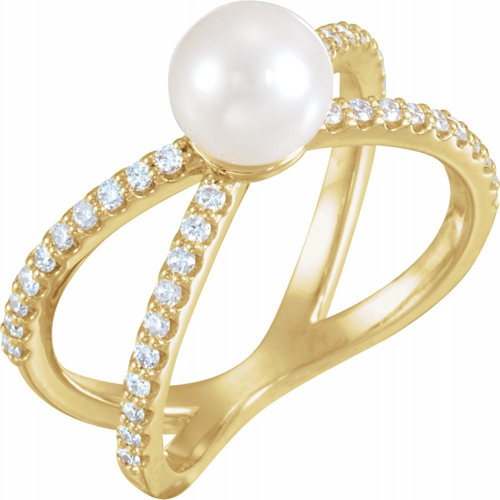 White Freshwater Cultured Pearl And 1/3 Ctw Diamond Ring (14511458)