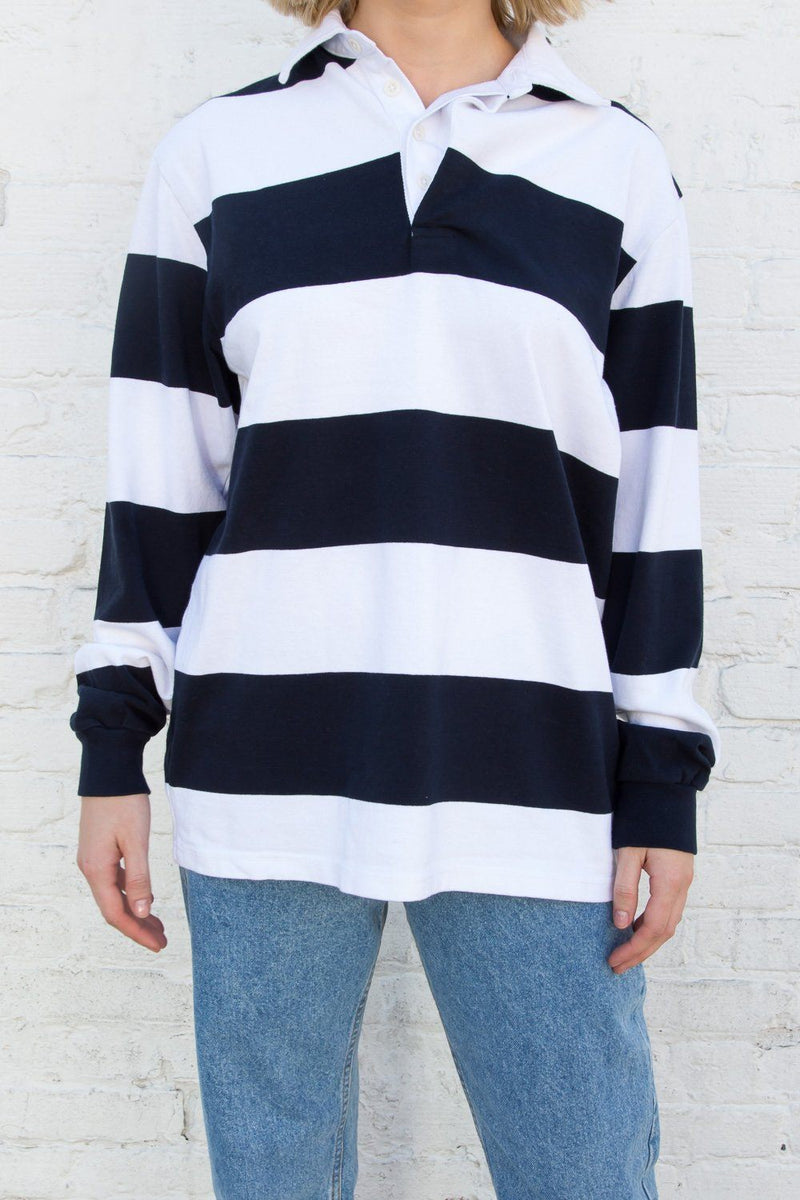 White With Navy Blue Stripes / Oversized Fit