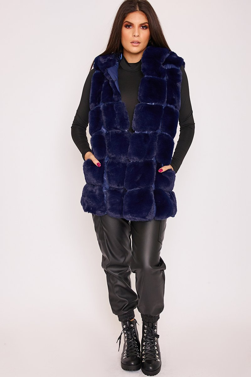 Faye Blue Thick Faux Fur Hooded Gilet-Missrepresent