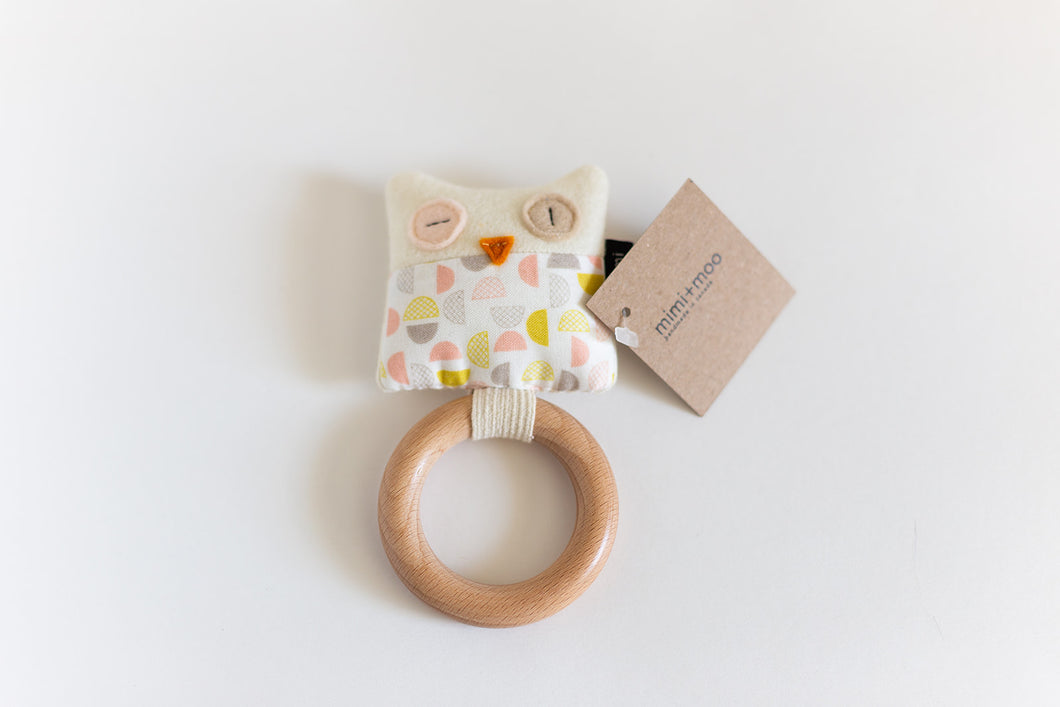 Owl Teether | Pink Half-moon