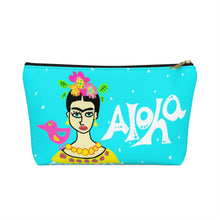 Load image into Gallery viewer, Accessory Pouch w T-bottom Frida Small