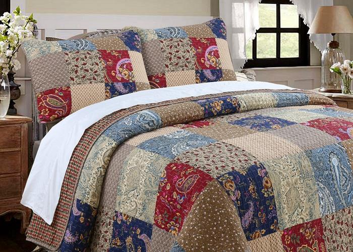 Hyler Patchwork Cotton 3 Piece Reversible Quilt Set