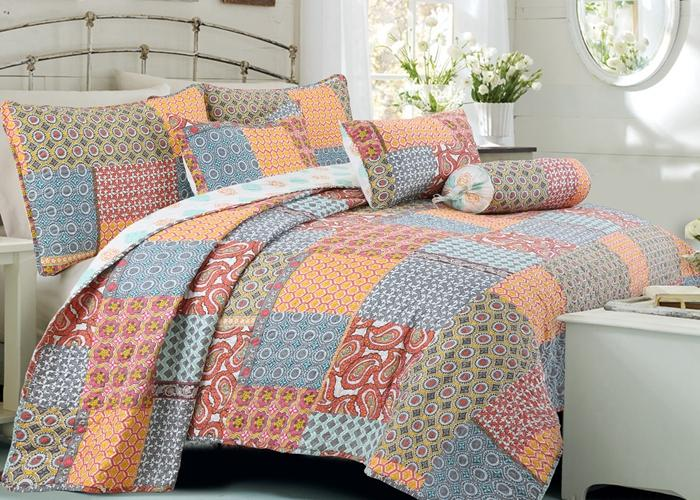 Antique Chic 3-Piece Reversible Quilt Set