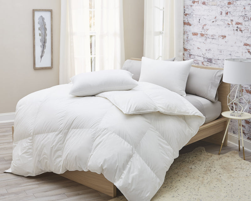 Luxury Batiste White Goose Down Comforter - Sanctuary Home