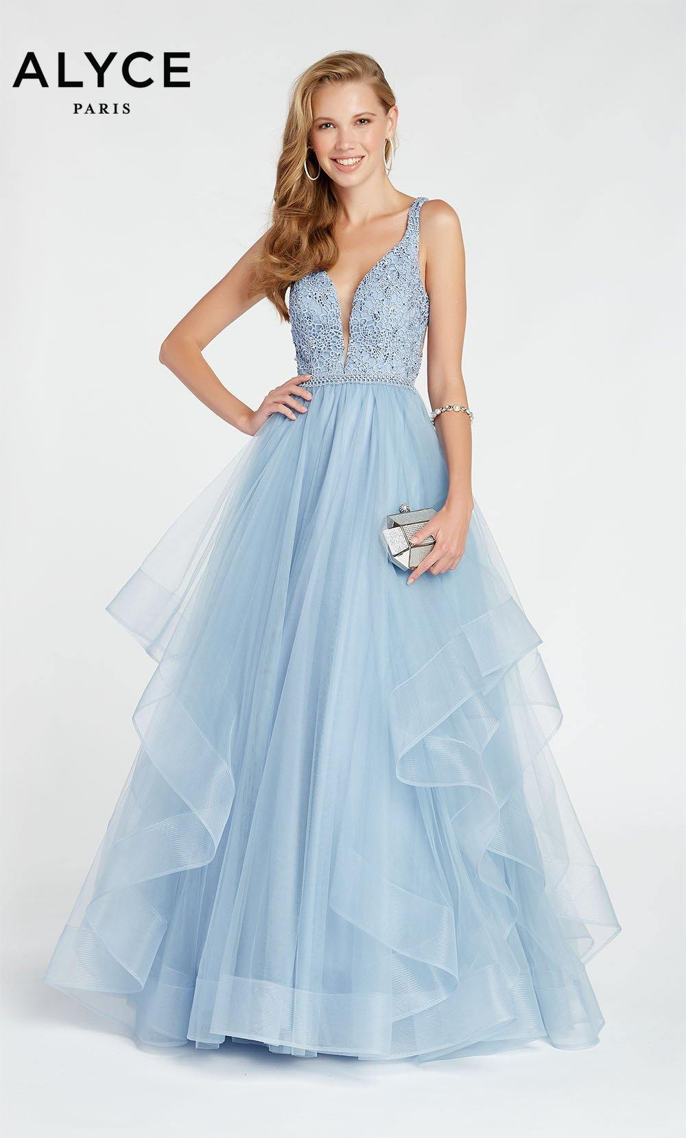 Formal Dress: 1413. Long, Plunging Neckline, Ballgown