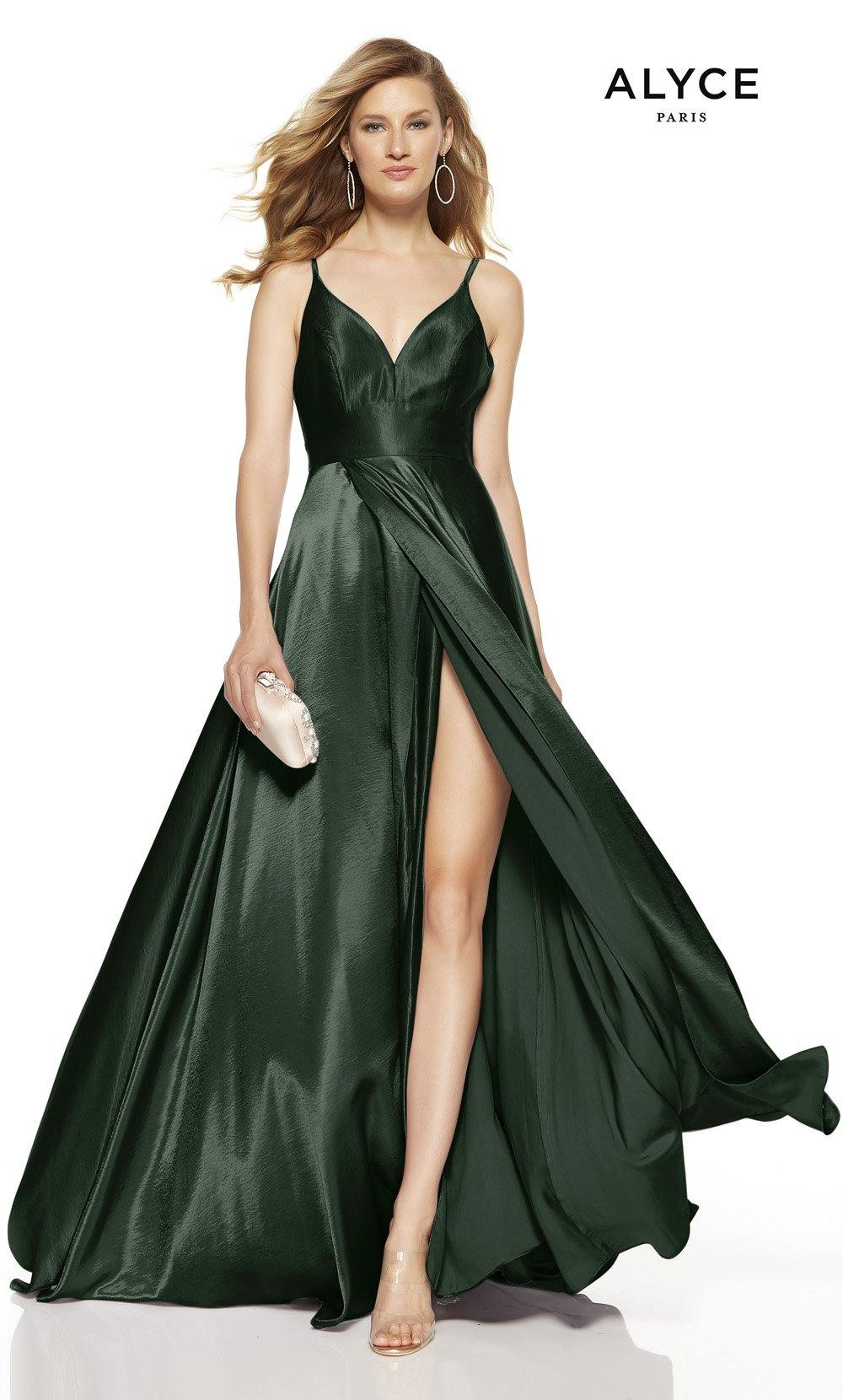Pine formal dress with a V-neck and a high slit