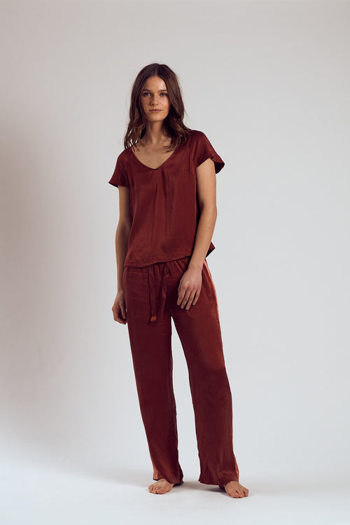 THE MERLOT SILK TOP - Staying In Au