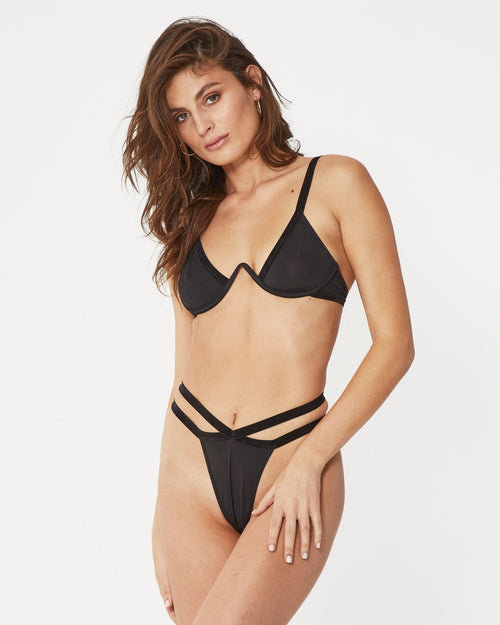 Black underwire bra